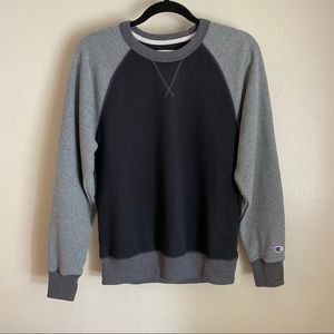 Champion sweatshirt in grays and black, S